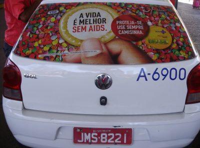 aids-carnaval-use-camisinha
