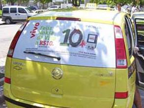 a telefonia na mídia em táxi