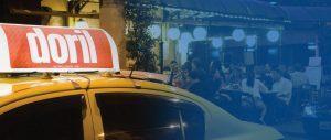 Anuncie no Luminoso New York da FAROL Mídia em Táxi