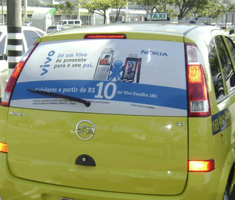 Mídia Externa - Taxidoor