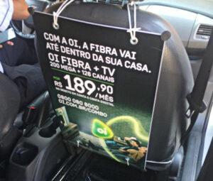 Mídia em Táxi Interna - Display - Farol Mídia em Táxi